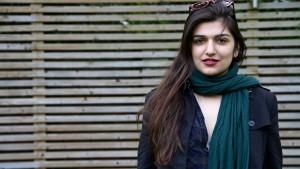 Iranerin tritt in Hungerstreik
