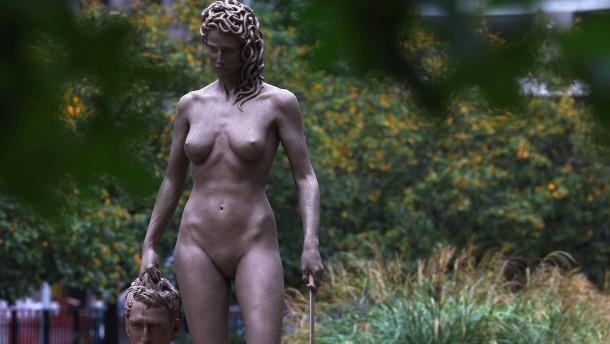 Diese Statue schreibt die griechische Sage neu