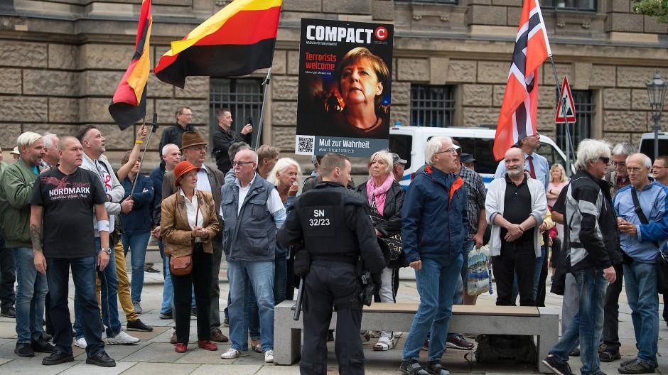 Kaum Proteste bei Merkel-Besuch