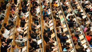 Immer mehr Akademiker in Deutschland