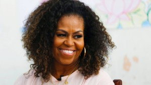 """Michelle Obama """"nicht überrascht"""" über Meghans Rassismusvorwürfe"""