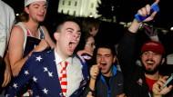 Jubel in Washington: Fans von Donald Trump freuen sich über den Wahlsieg des Republikaners