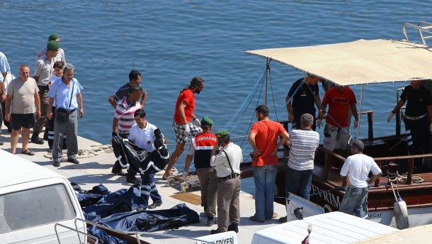 Dutzende Tote vor türkischer Küste