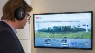 Ein Zug rauscht vorbei: Virtuell, aber trotzdem lautstark zu hören