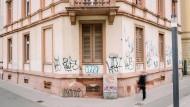 """Ungenutzt: Die Stadt Frankfurt wünscht sich von der Landesregierung eine Handhabe, um gegen """"spekulativen Leerstand"""" vorgehen zu können."""