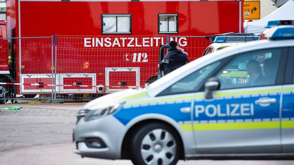 Inzwischen wurde der Tatort in Volkmarsen wieder freigegeben.