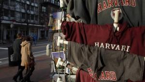 Harvard bestraft sein Fußballteam wegen jahrelangem Sexismus