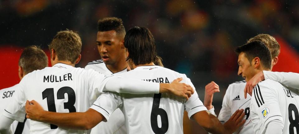 3 0 Gegen Irland Deutschland Fur Die Wm 2014 Qualifiziert