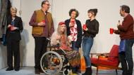 """Je schrecklicher die Familie, desto besser der Sekt: das Bochumer Ensemble in """"The Humans"""" von Stephen Karam"""