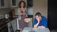 Selbstinszenierung in festgelegten Rollen: Galeeva als Ernährerin des Mannes