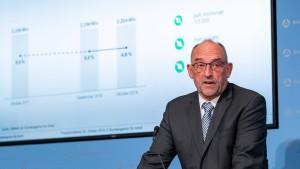 Bundesagentur-Chef verteidigt Hartz IV