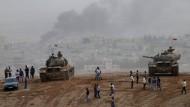 Deutsche Außenpolitiker fordern Türkei zum Handeln auf