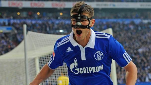 Schalke gewinnt in alter Tradition
