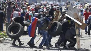 Ecuadors Präsident und Protestierer wollen miteinander reden
