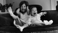 Eltern werden täglich auf harte Proben gestellt und müssen dann entscheiden: Schrei ich mit, oder bleib ich ruhig?