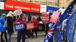 Hitzige Debatten um Brexit-Deal