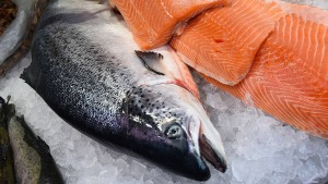 Haben Verbraucher zu viel für ihren Lachs bezahlt?
