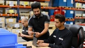 Jeder zweite Flüchtling hat nach fünf Jahren Arbeit