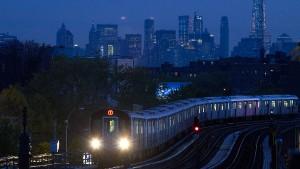 New Yorker U-Bahn fährt wieder rund um die Uhr