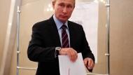 In den russischen Medien wurde wenig über die Wahlen berichtet. Das Präsident Putin seine Stimme abgegeben hat, war jedoch einen Bericht wert.