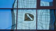 Deutsche Bank kündigt Rekordverlust an