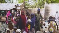 Mehr als 200 Frauen und Kinder befreit