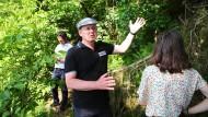Kein Leisetreter: Ramelow beim Waldspaziergang mit Bürgern