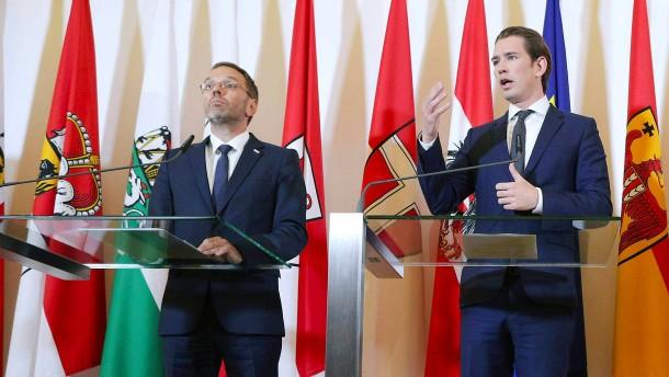 Österreichs Innenminister muss sich im Parlament verantworten