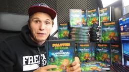 Warum so viele YouTuber Bücher schreiben