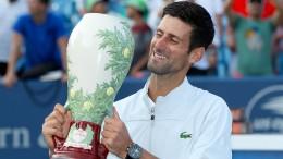 Djokovic vervollständigt mit Sieg gegen Federer seine Titelsammlung