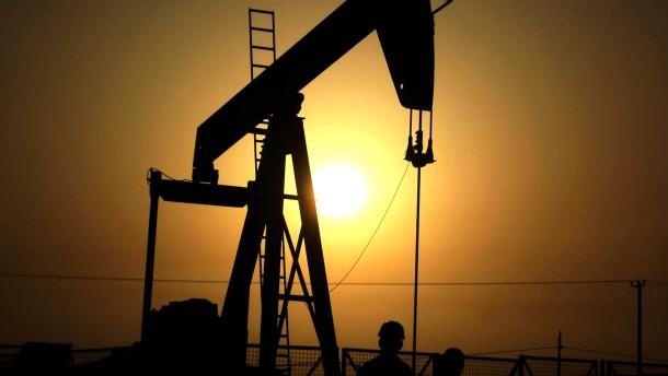 Chinas Ölbedarf bremst Preisrückgang