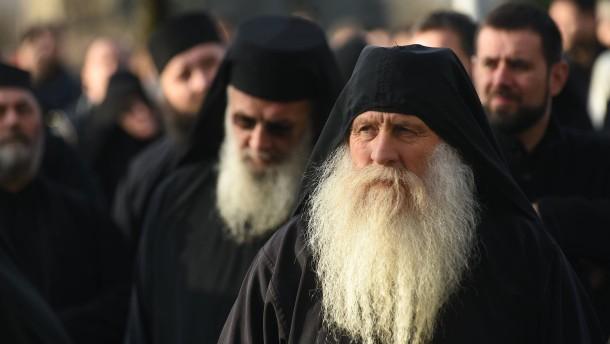 Ein Raub an der serbischen Orthodoxie?
