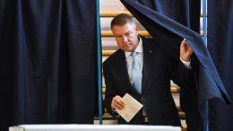 Rumäniens Präsident Johannis muss in Stichwahl