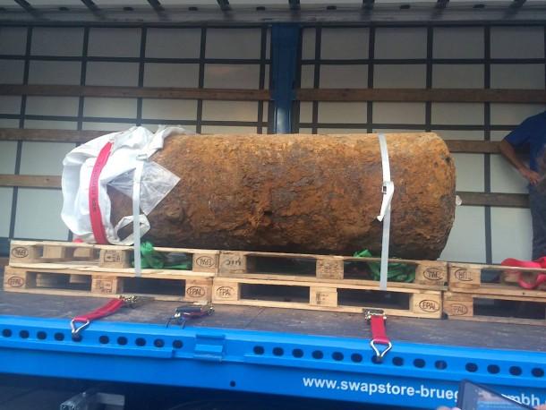 so-sieht-die-bombe-aus.jpg
