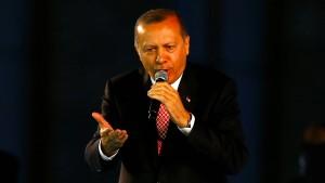 """Erdogan nennt verschärfte Reisehinweise """"bösartig"""""""