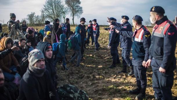 Menschenrechtsbeauftragte und Kirchen kritisieren EU
