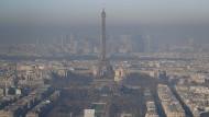 Inversionswetterlage: Paris im Dezember