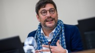 """Berlins Justizsenator Dirk Behrendt (Grüne) sprach von einem """"signifikanten Anstieg häuslicher Gewalt""""."""