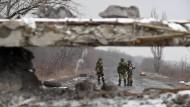 Prorussische Separatisten bei Uglegorsk