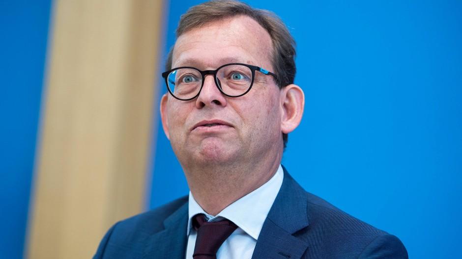 Prof. Dr. Thorsten Kingreen am 10. September 2018 bei einer Pressekonferenz zu einer Klage gegen das bayerische Polizeiaufgabengesetz.