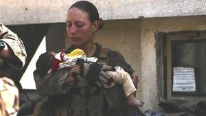 Durch Foto bekannt gewordene US-Soldatin unter Anschlagsopfern