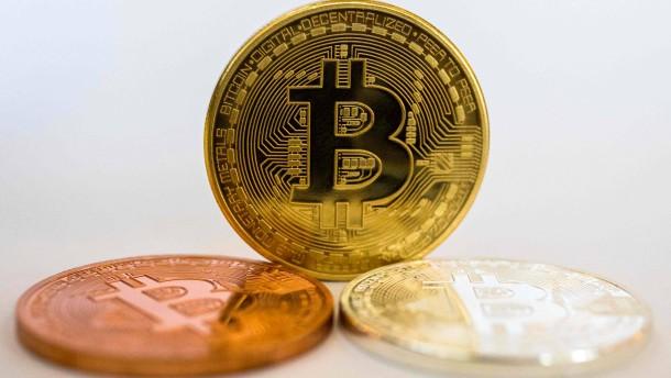 Bitcoin-Kurs fällt unter 5000 Dollar