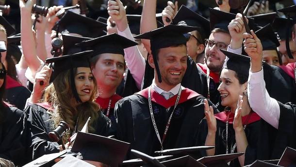 Harvard und MIT klagen gegen Trump-Regierung