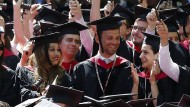Jubeln die Jura-Studenten an der Harvard-Universität bald nur noch digital?