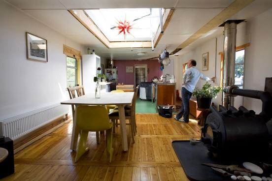 bilderstrecke zu anders wohnen 9 mein schiff und die liebe zum licht bild 2 von 11 faz. Black Bedroom Furniture Sets. Home Design Ideas