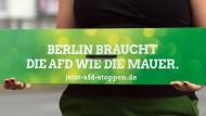 Wie immer eine große Hilfe im Kampf gegen die AfD: die Grünen in Berlin. Oder ist es nicht viel eher Wasser auf die Mühlen der AfD?