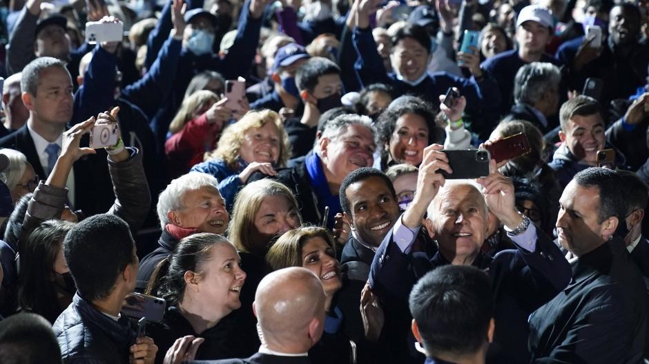 US-Präsident Joe Biden in Arlington, Virginia