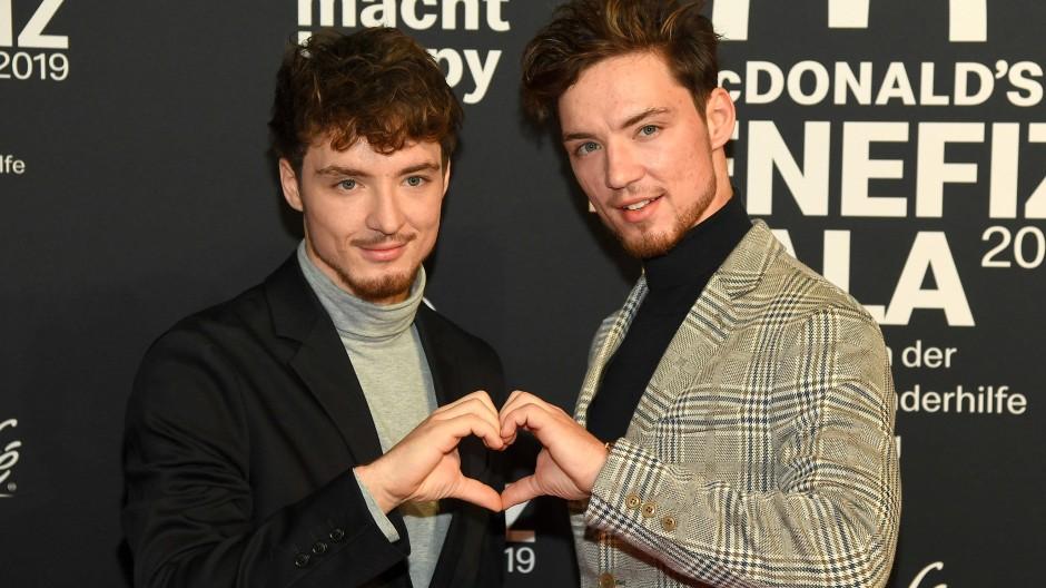 """Roman und Heiko (rechts) Lochmann sind als Musik- und Comedy-Duo """"Die Lochis"""" bekannt geworden."""