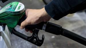 Benzinpreis kratzt am Allzeithoch