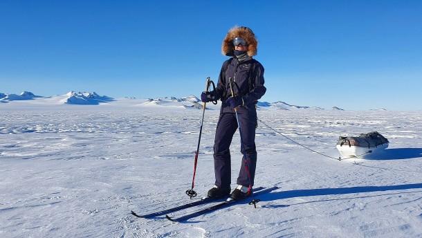 Deutsche Extremsportlerin erreicht auf Skiern den Südpol